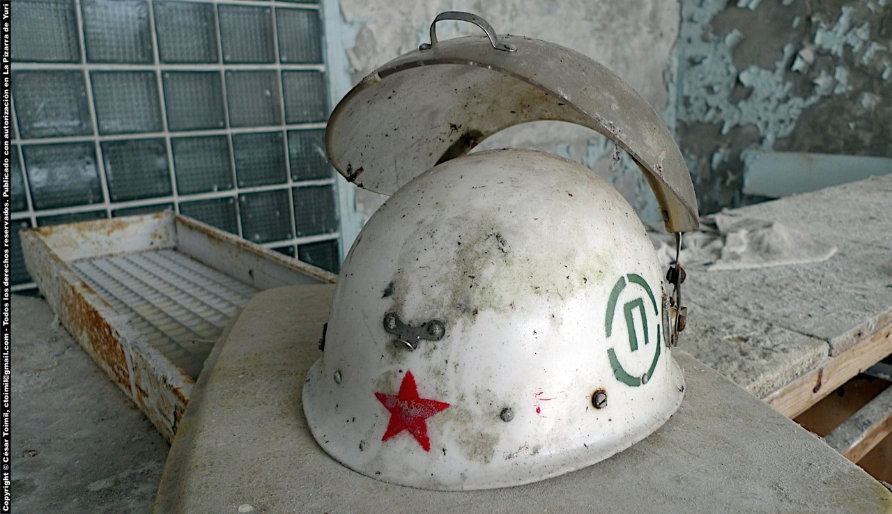 El casco de Chernbyl - The Chernobyl helmet